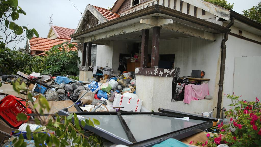 Junk in front of house to be removed